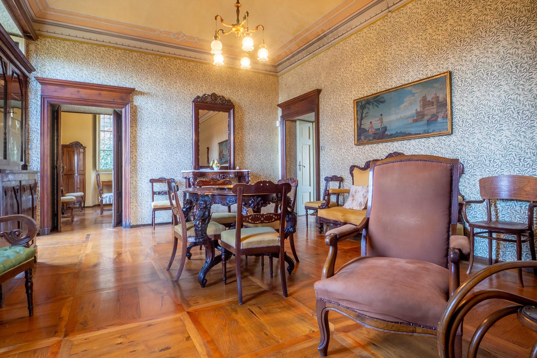 Historical Villa with private garden - 3