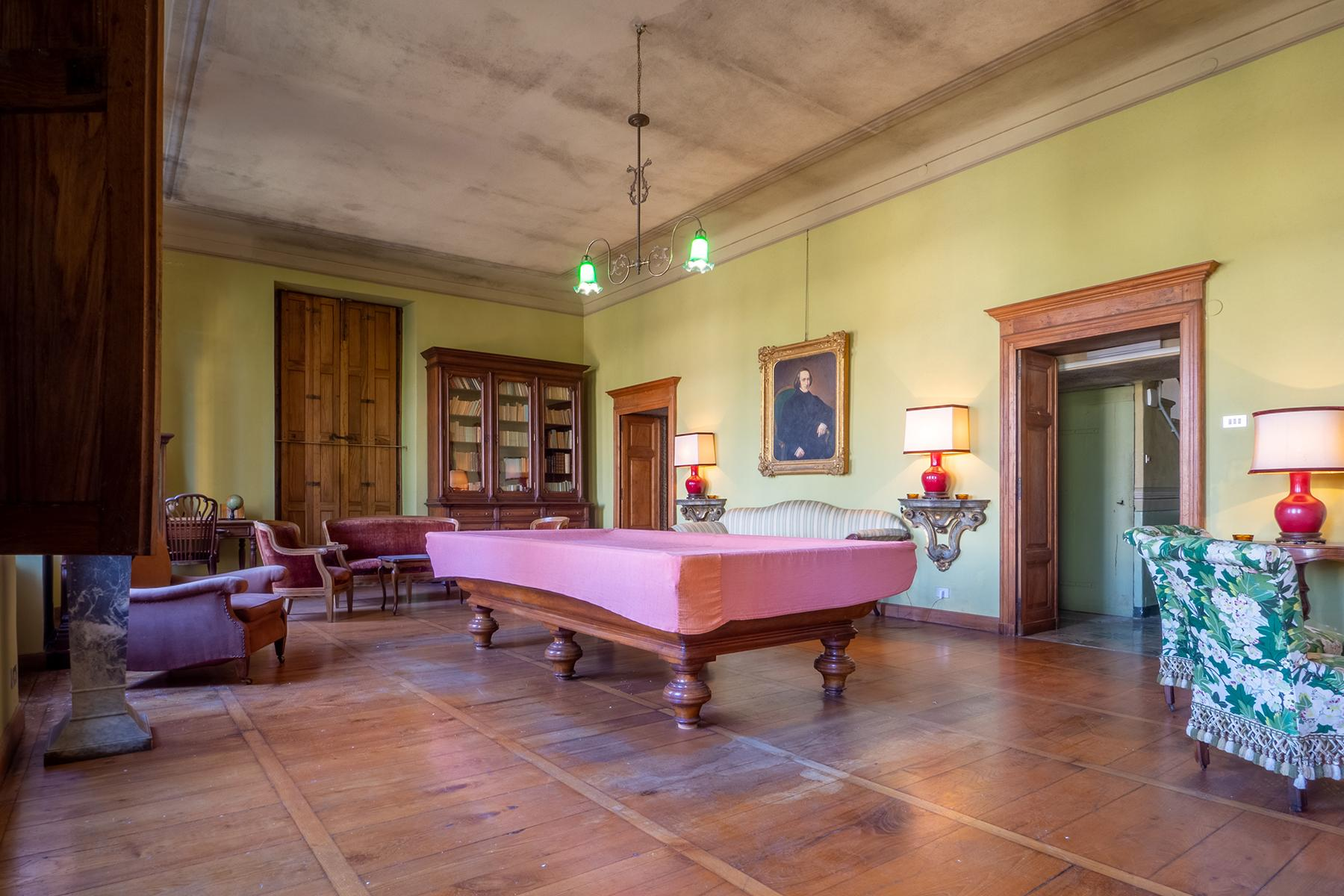 Historical Villa with private garden - 8