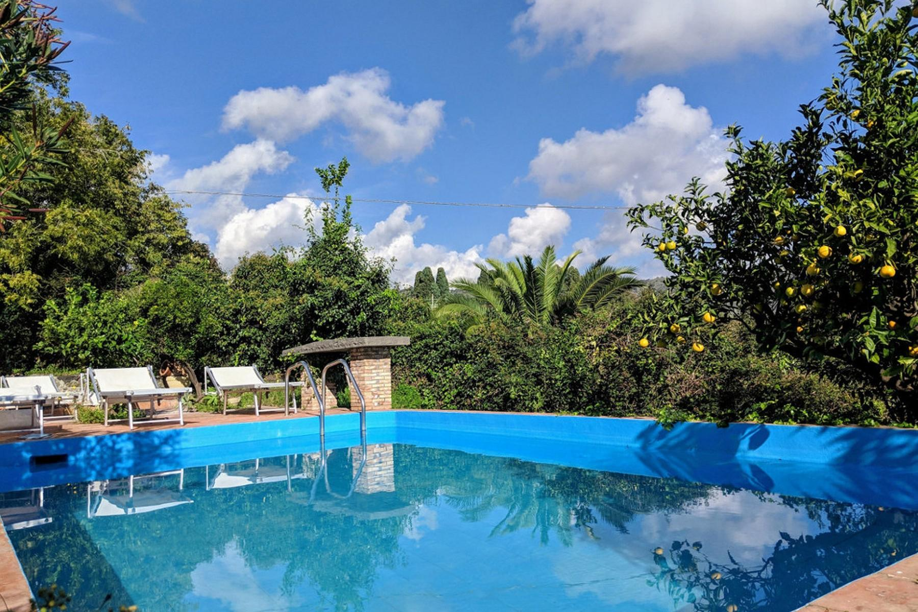 Detached villa with stunning views of Taormina, the sea and Mount Etna - 12