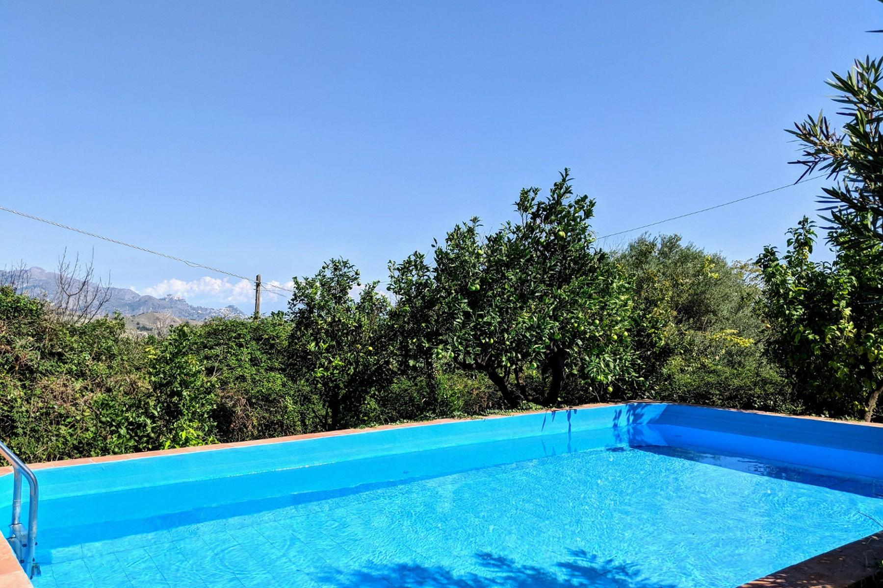 Detached villa with stunning views of Taormina, the sea and Mount Etna - 24