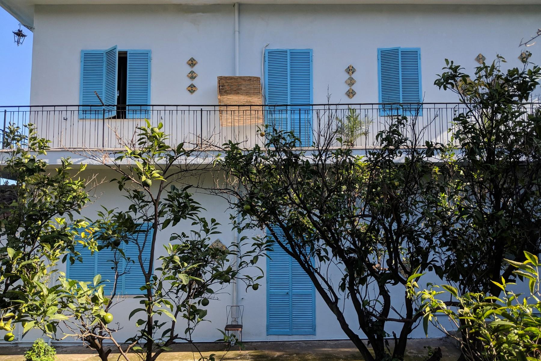 Detached villa with stunning views of Taormina, the sea and Mount Etna - 33