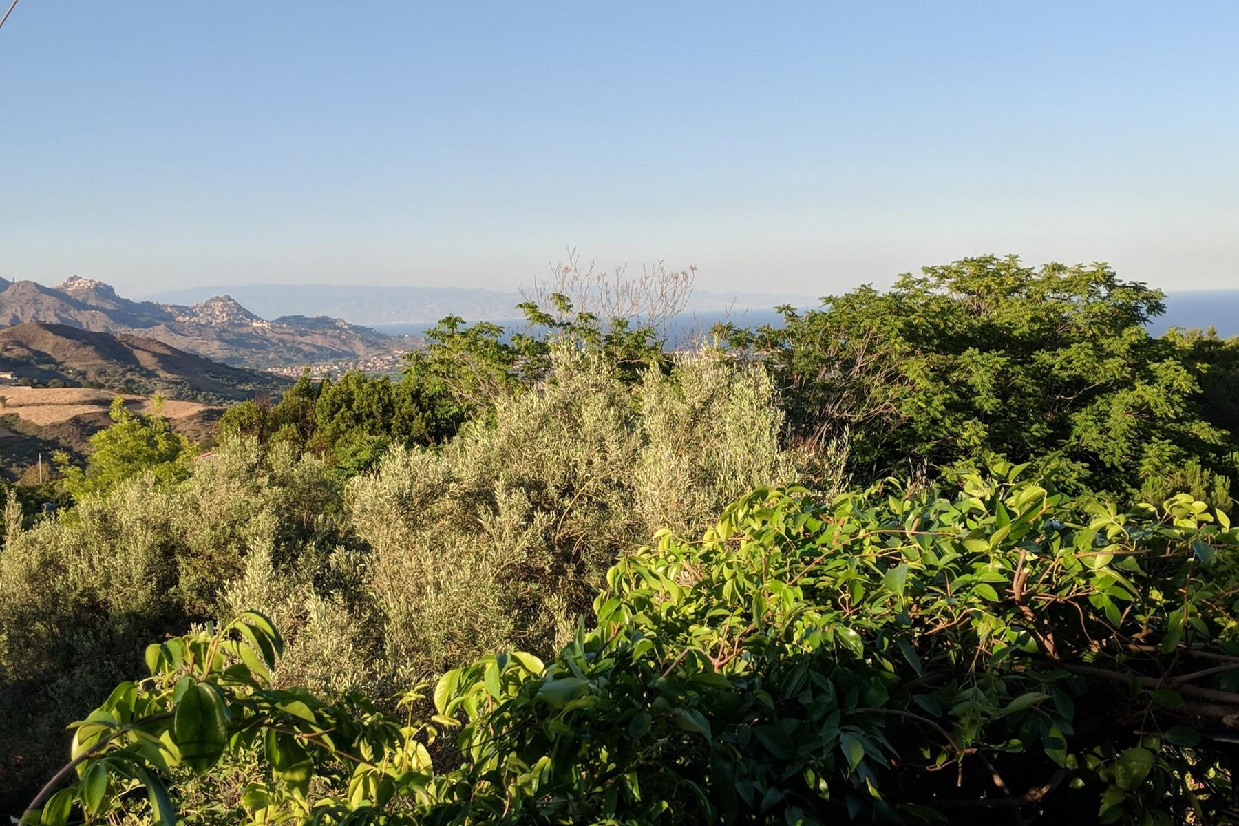 Detached villa with stunning views of Taormina, the sea and Mount Etna - 30