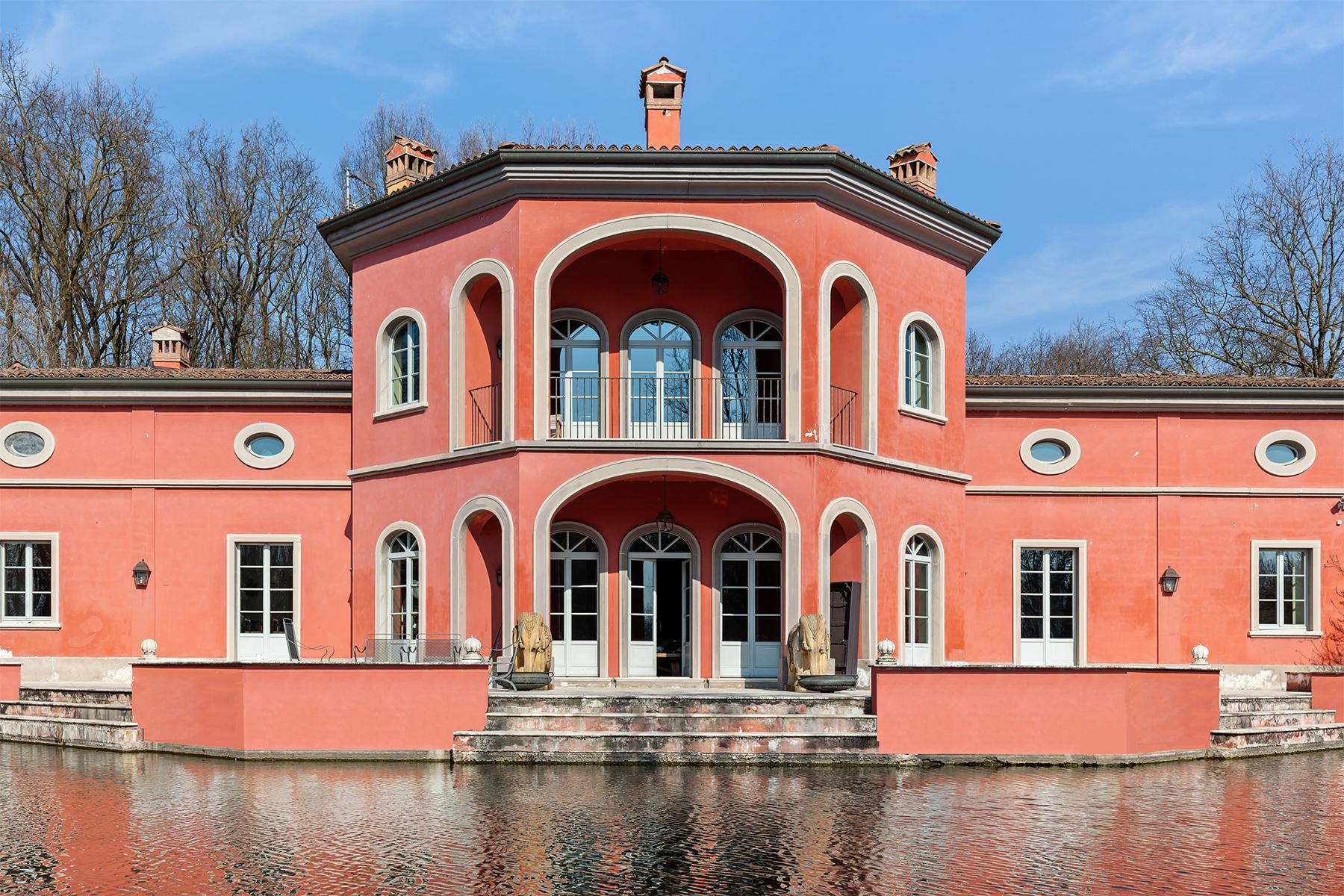 Inviting villa with private park and lake close to Milan - 15