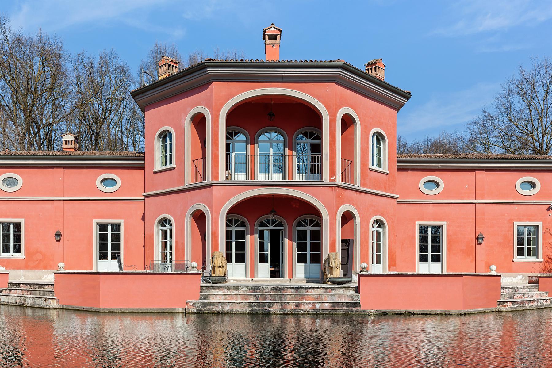 Привлекательная вилла с частным парком и озером недалеко от Милана - 15