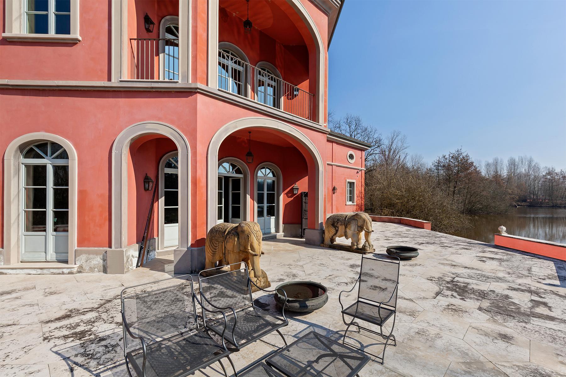 Suggestiva proprietà con parco e lago privato a pochi minuti da Milano - 13