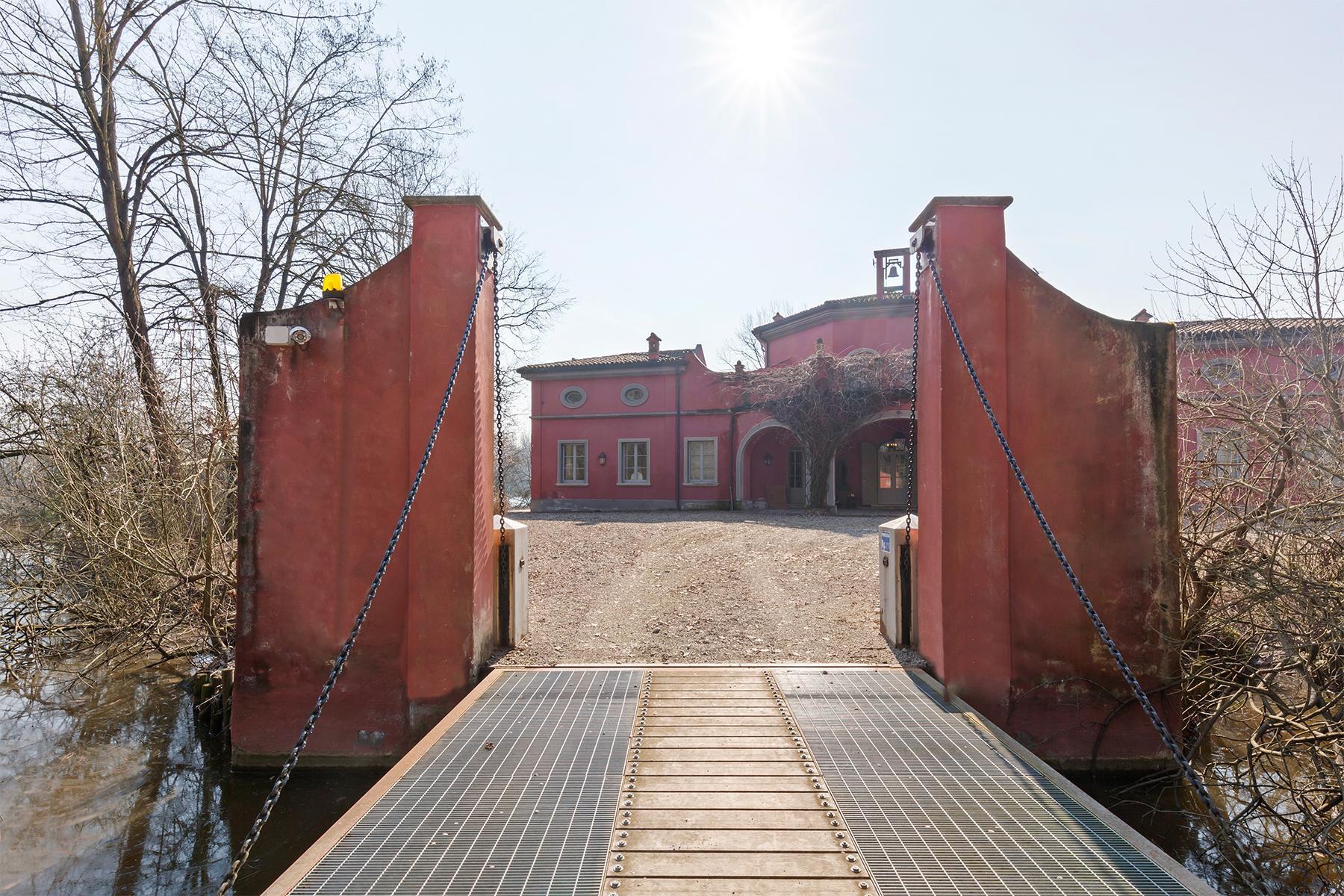 Suggestiva proprietà con parco e lago privato a pochi minuti da Milano - 14