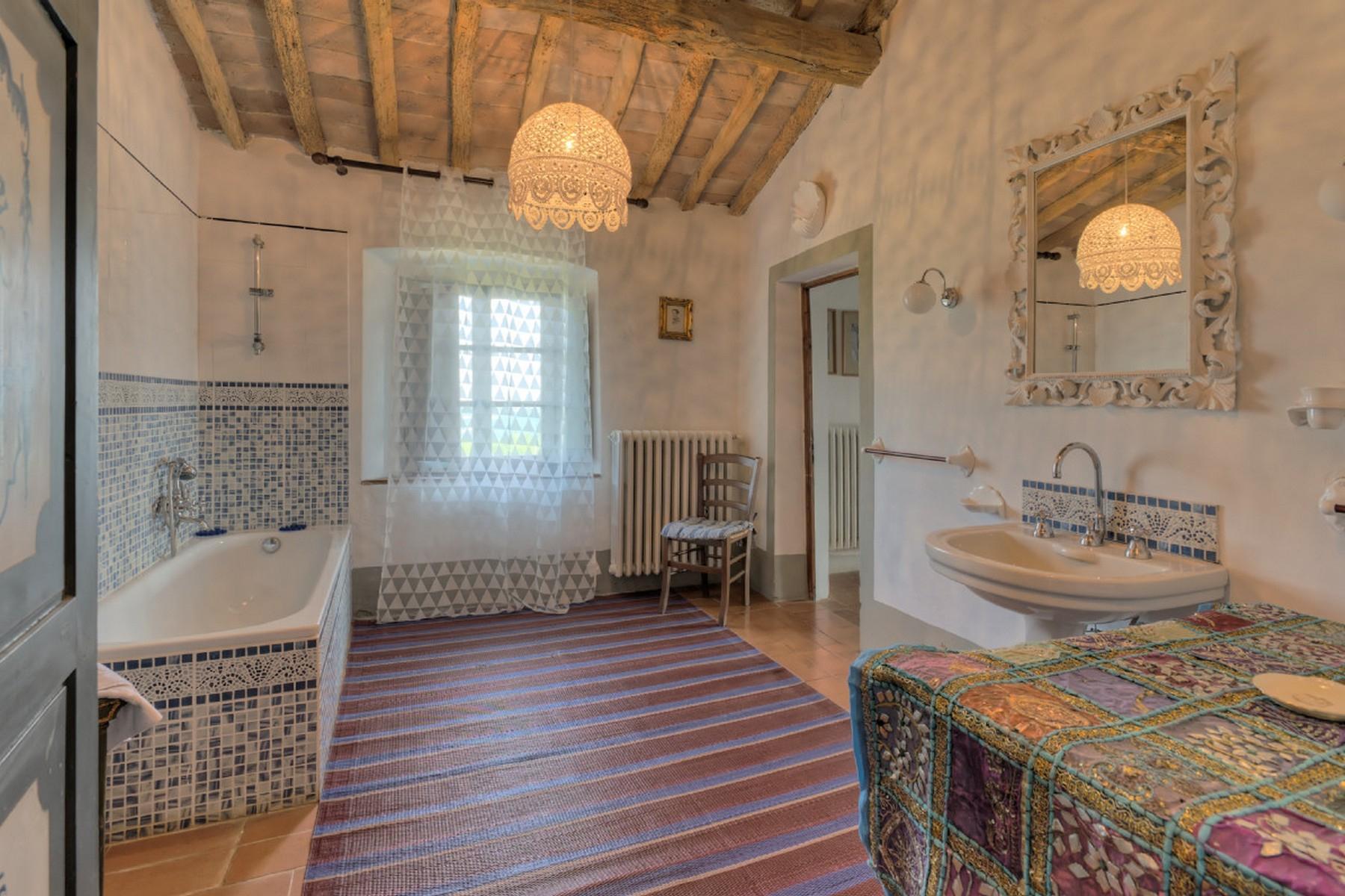 Современная вилла в загородном стиле во Флоренции, регион Кьянти - 15