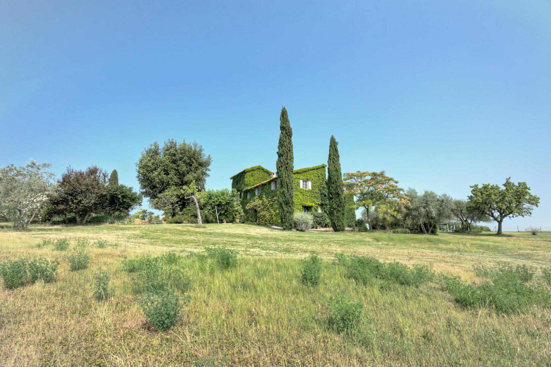 Современная вилла в загородном стиле во Флоренции, регион Кьянти - 24