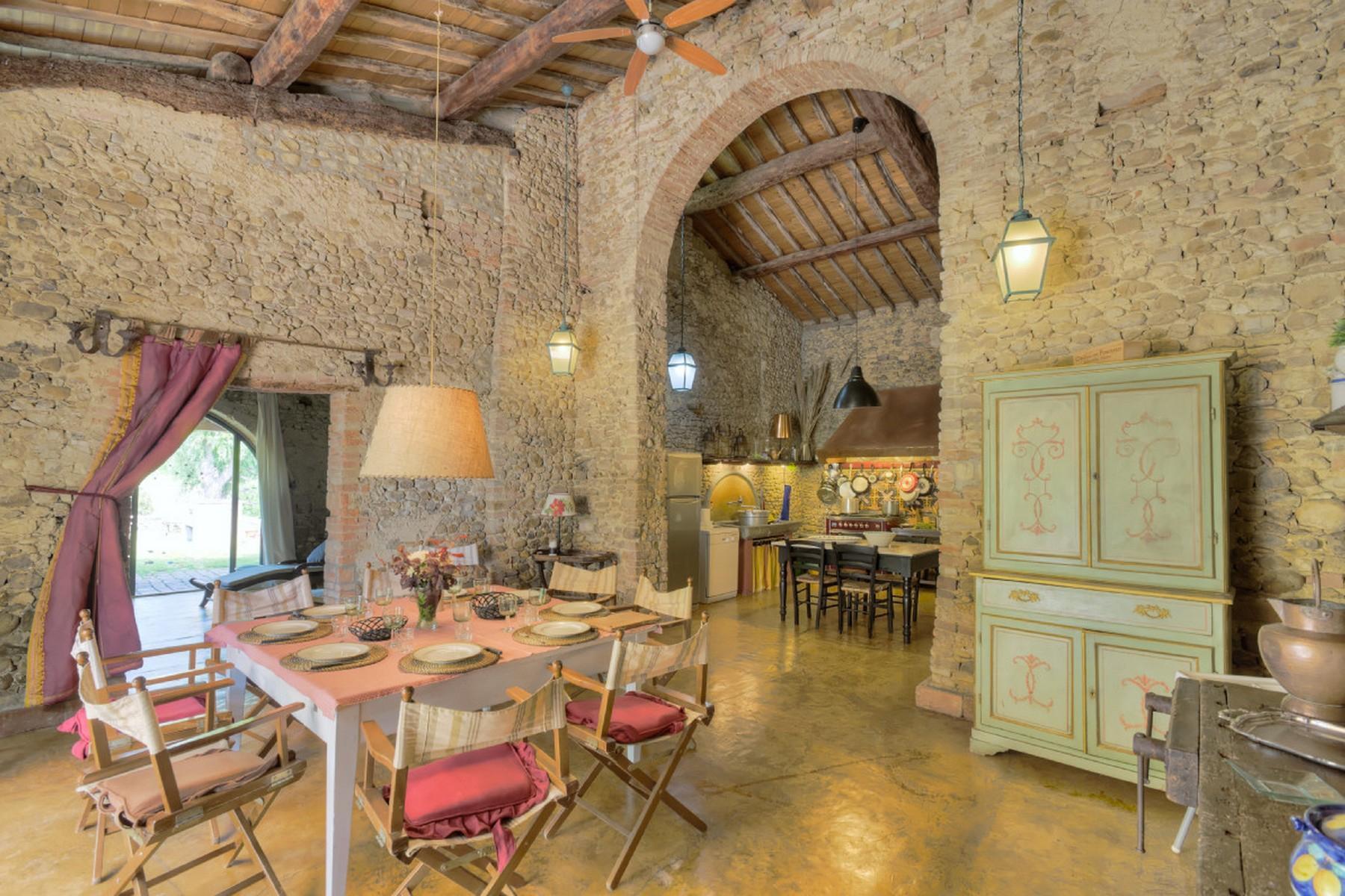 Современная вилла в загородном стиле во Флоренции, регион Кьянти - 31