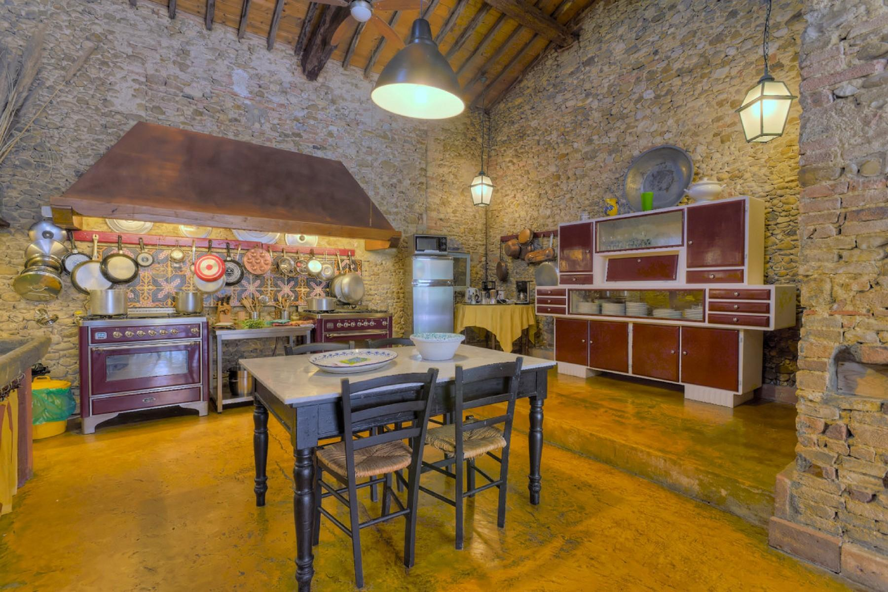 State-of-the-art rustic villa set in Florentine Chianti - 8