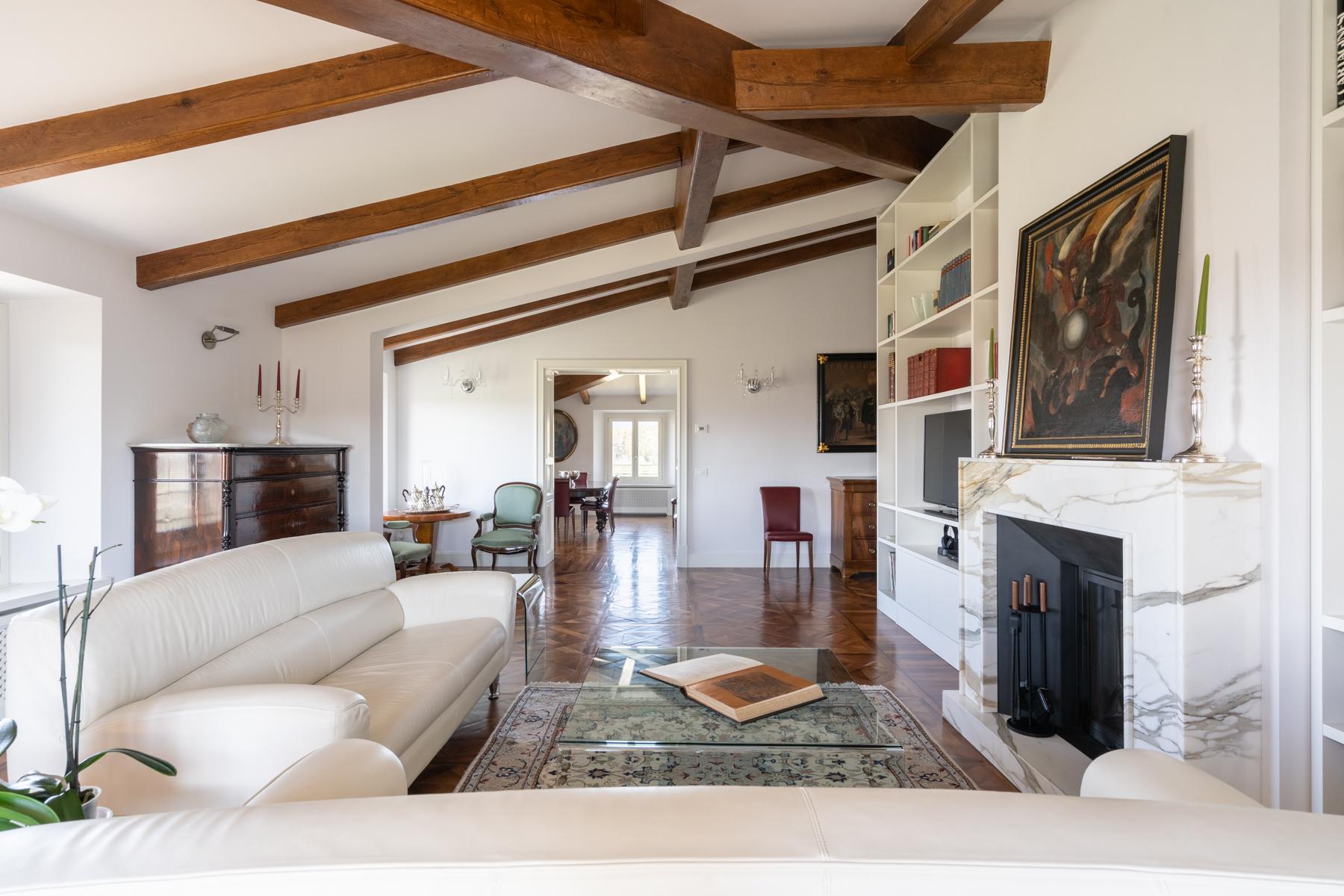 Wunderbare Wohnung in einer Villa mit Swimmingpool auf den Hügeln von Florenz - 5