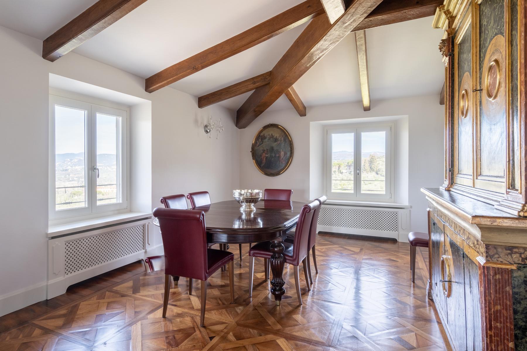 Wunderbare Wohnung in einer Villa mit Swimmingpool auf den Hügeln von Florenz - 8