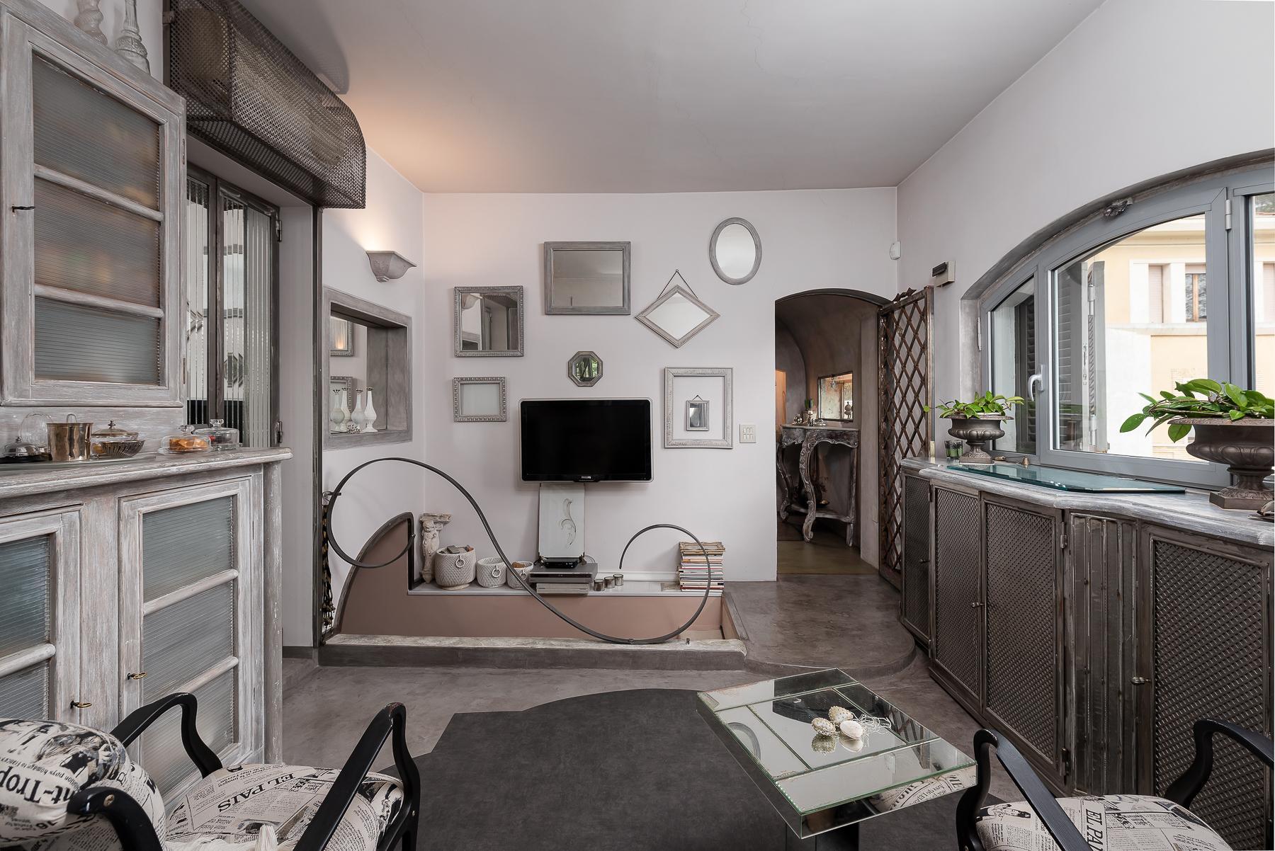 Gorgeous duplex penthouse with terraces in unique location - 20