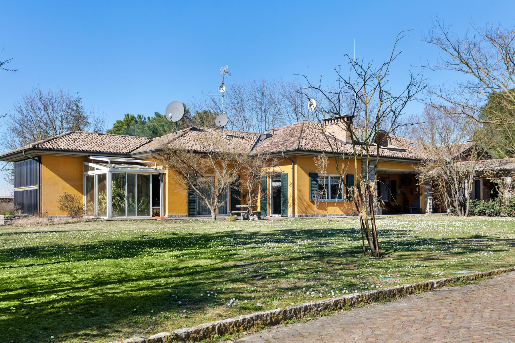 Bright villa with stables in the Oltrep̣ Pavese area - 2