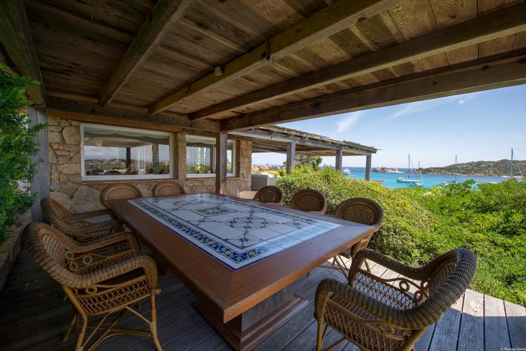 Incantevole villa con accesso diretto al mare all'Ile de Cavallo - 17