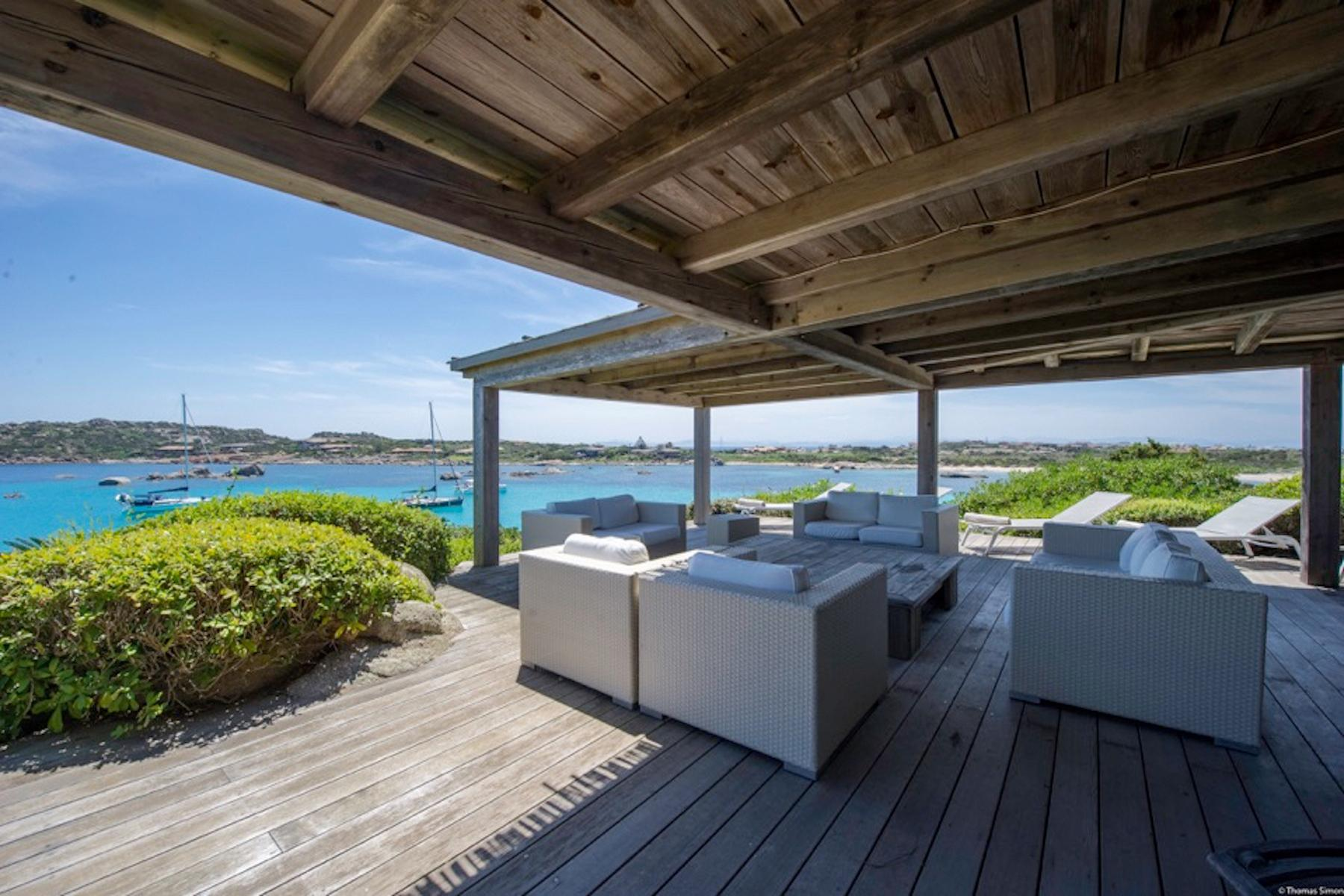 Cavallo Island, Corsica - Secluded villa with breathtaking seaview - 2