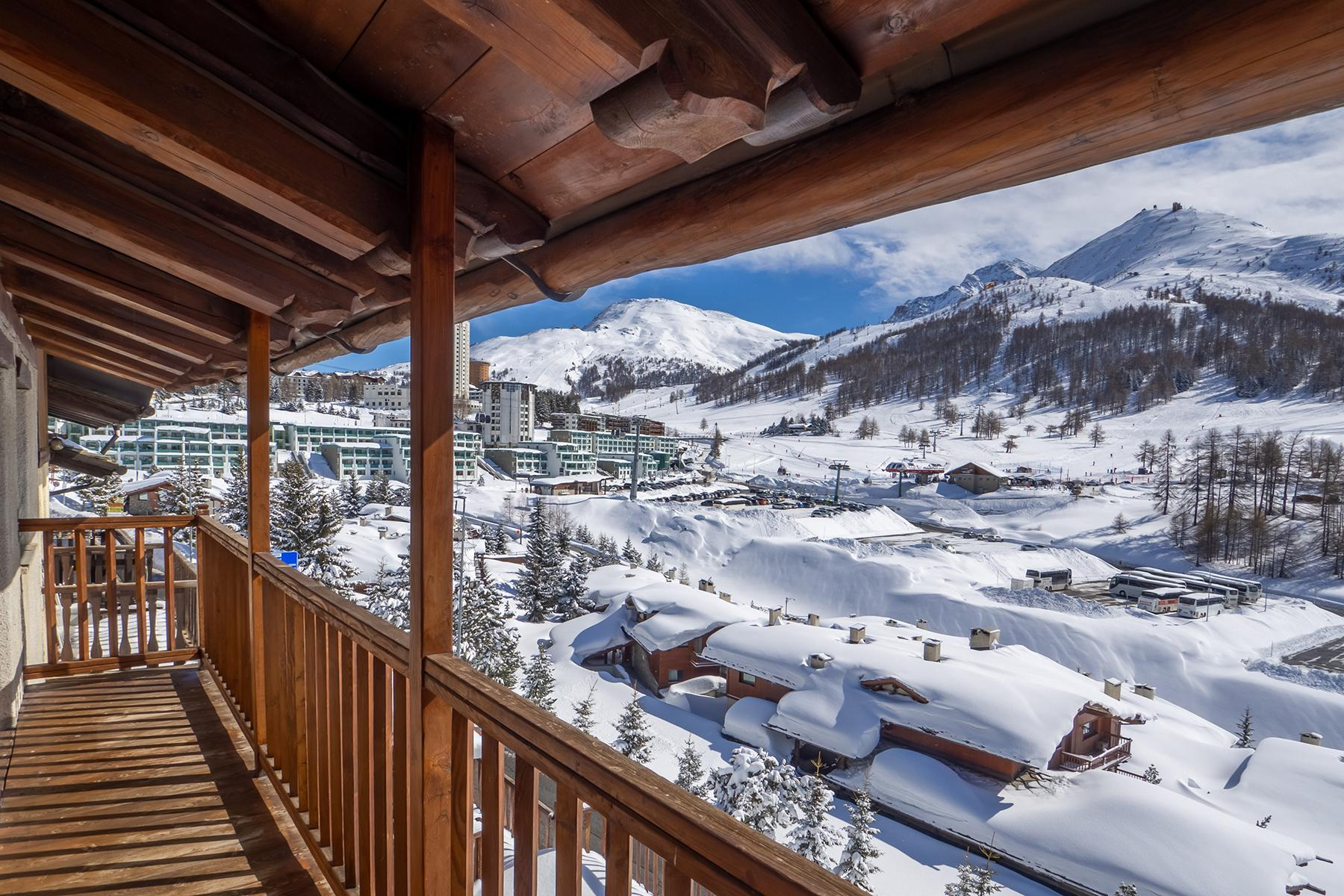 Magnificent chalet in Sestriere - 16