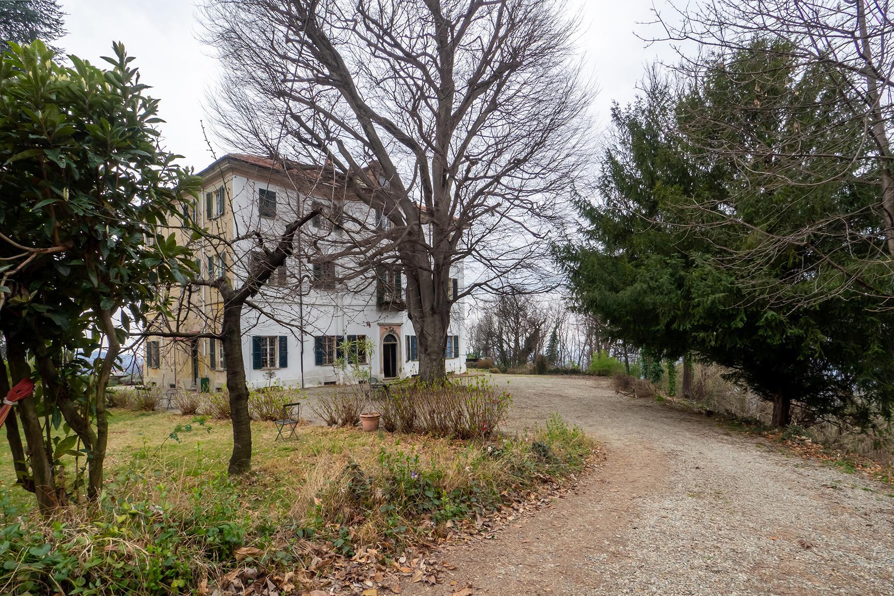 Charming villa in Castagneto Po - 2