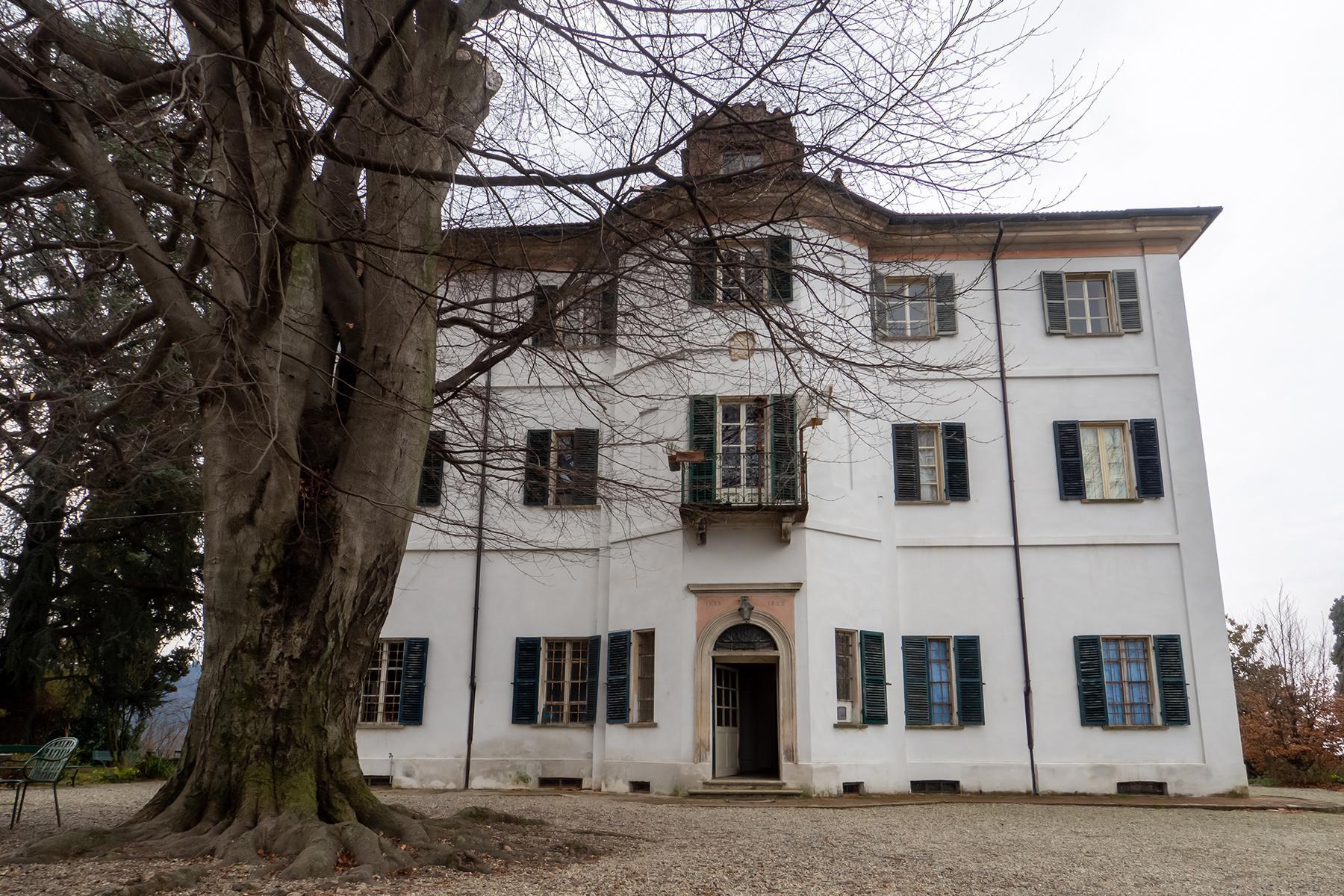 Charming villa in Castagneto Po - 1