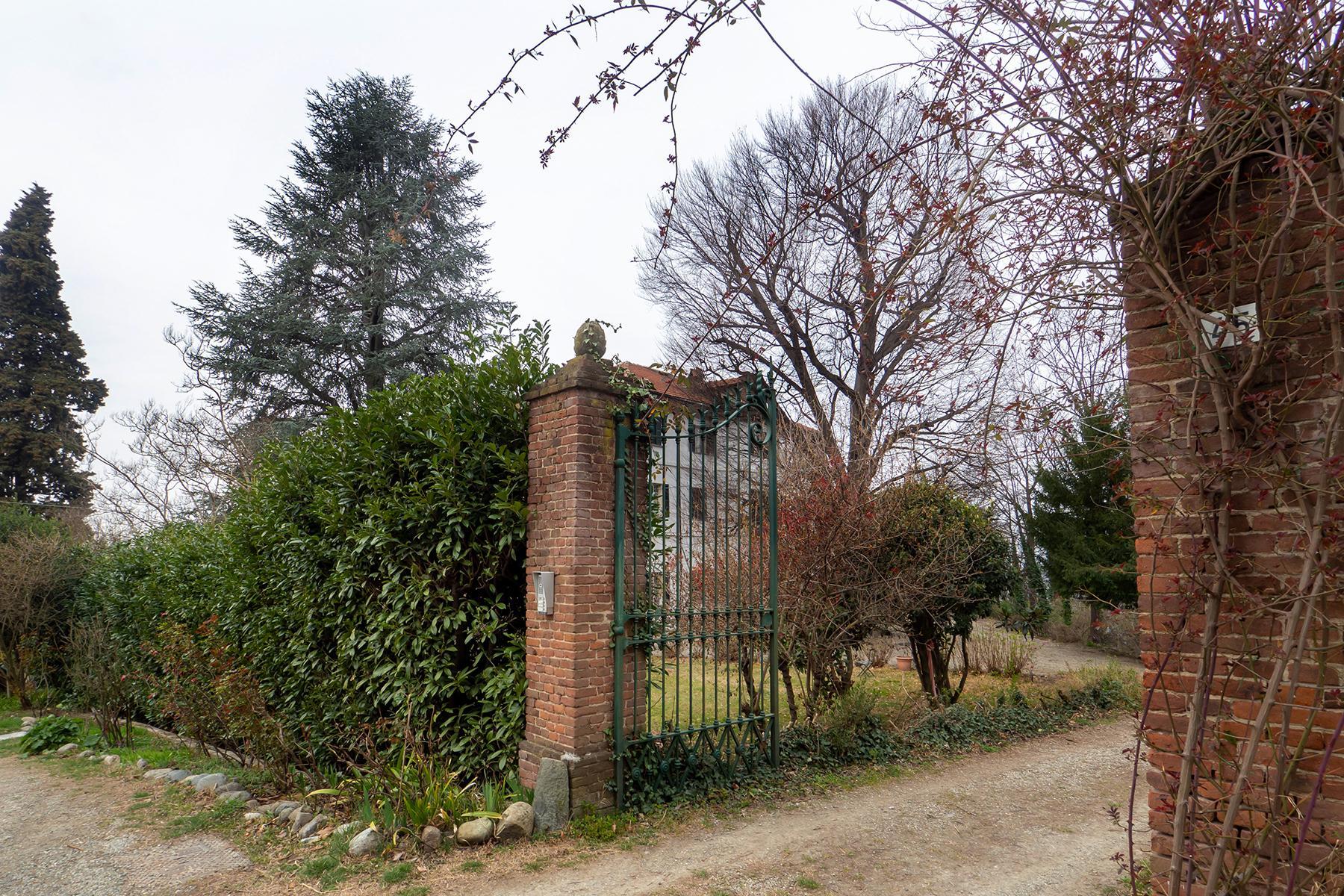 Charming villa in Castagneto Po - 18