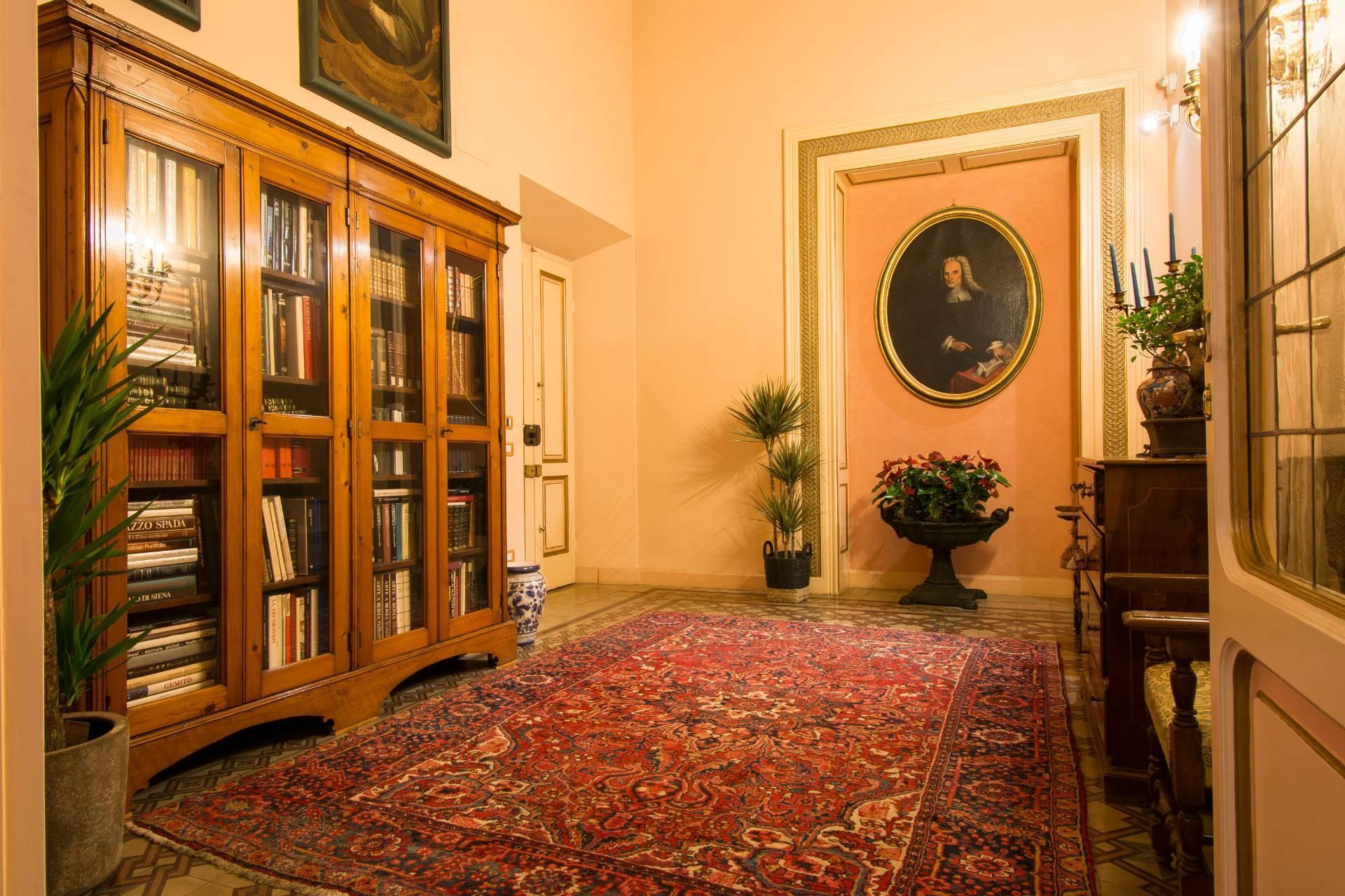 Affascinante e prestigiosa residenza storica nel cuore di Firenze - 26