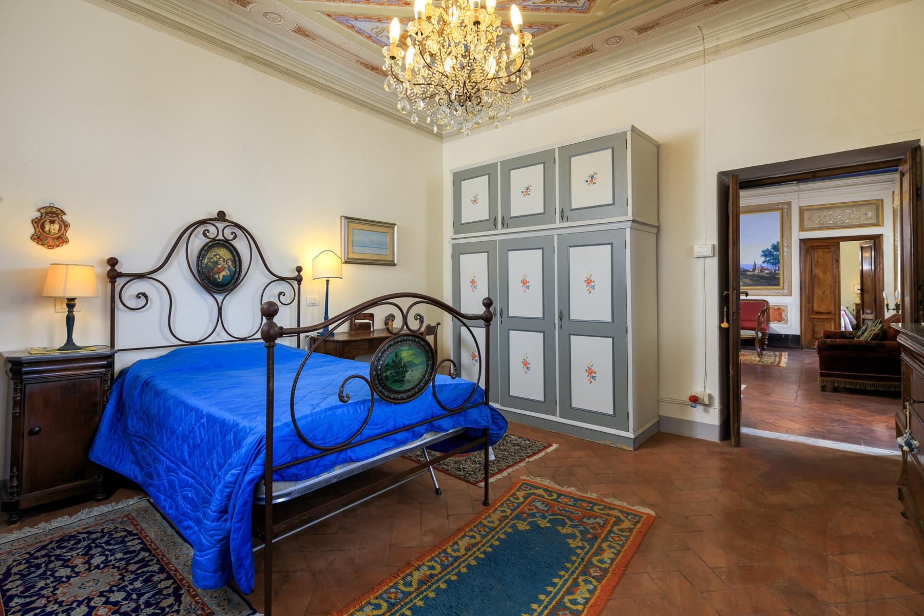 Charming historic sea view villa on the hills of Massarosa - 10