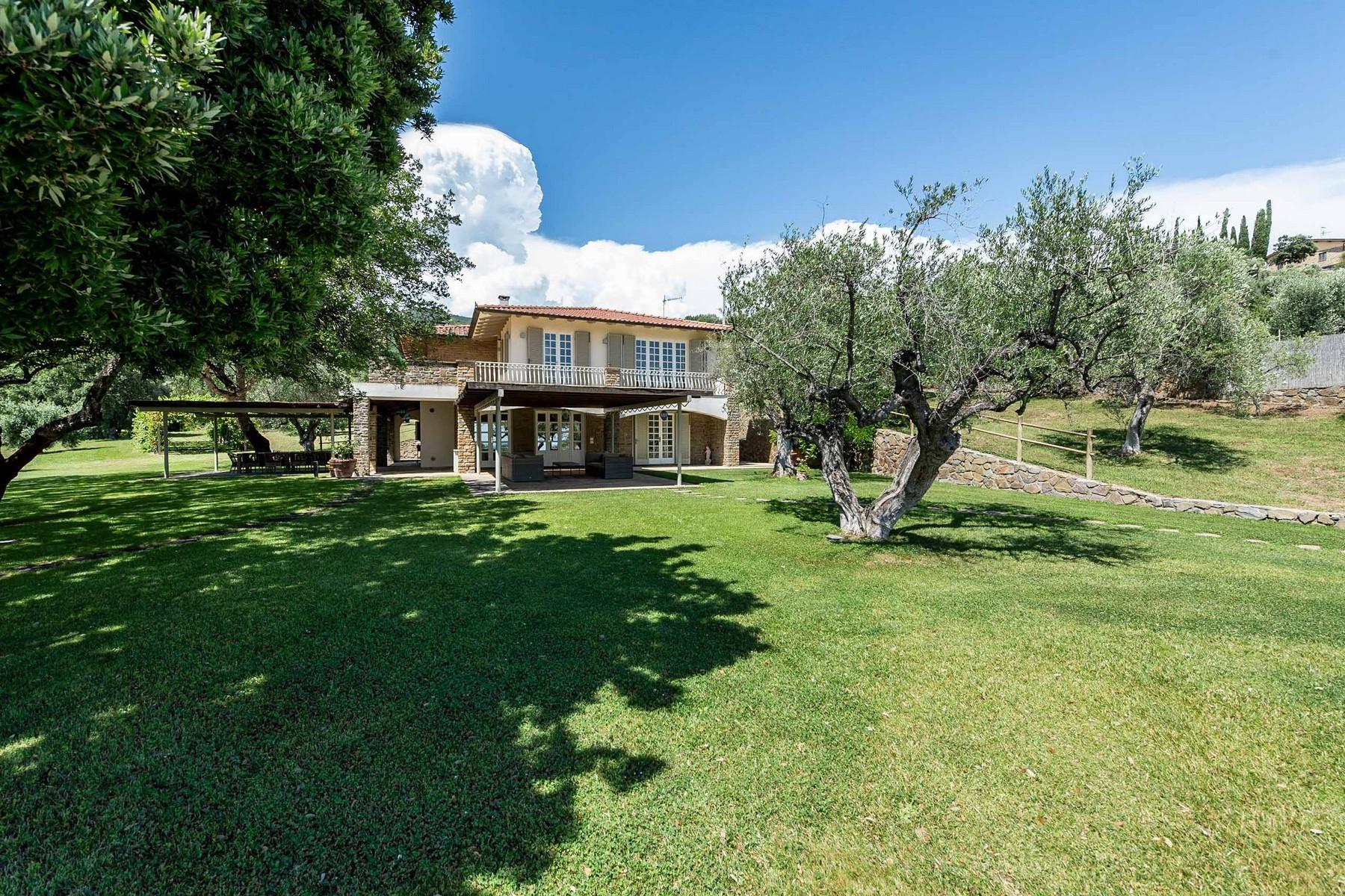 Elegante villa vista mare a Castiglione della Pescaia - 3