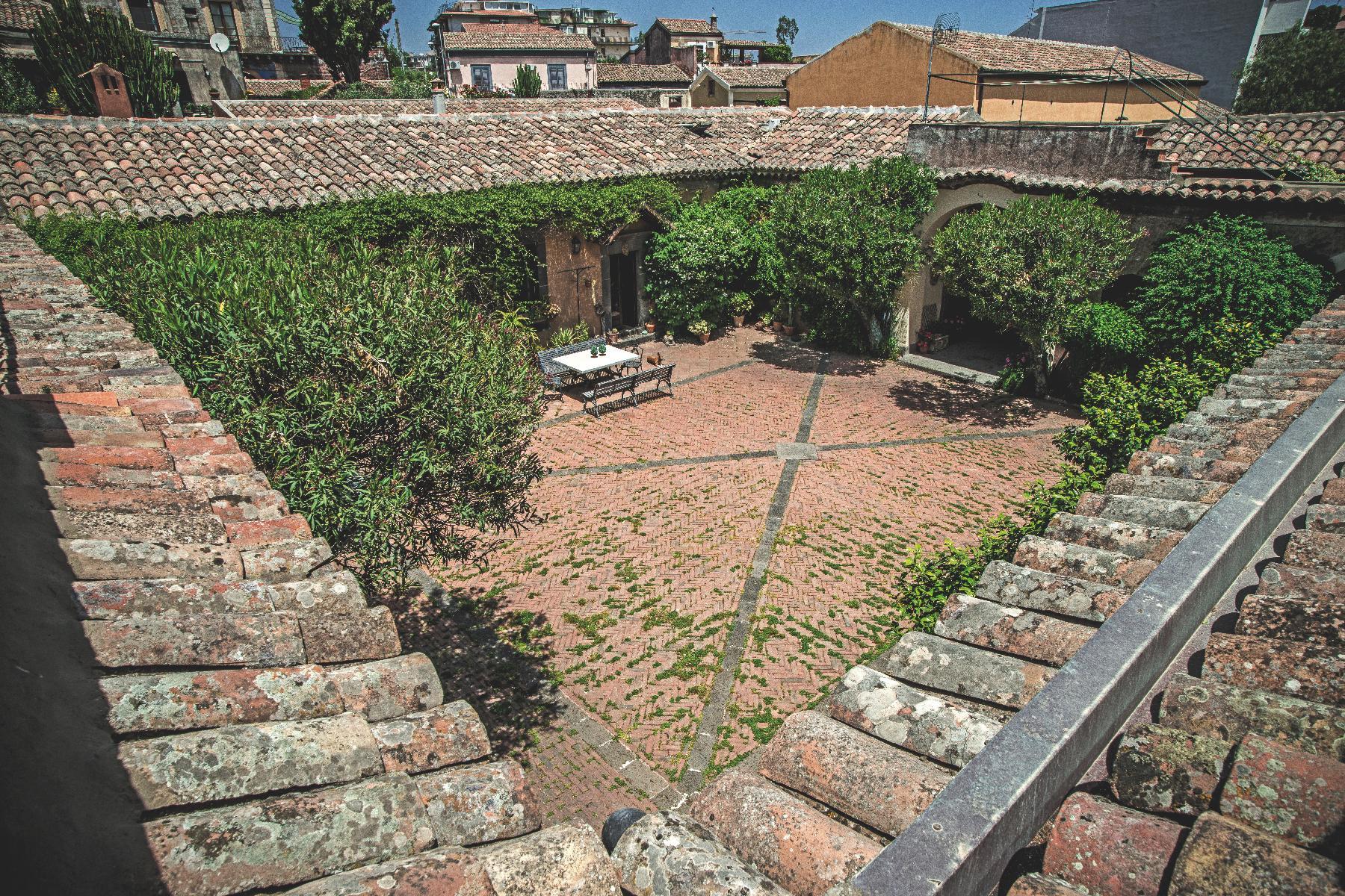 Historische Residenz an den Südhängen des Ätna - 3