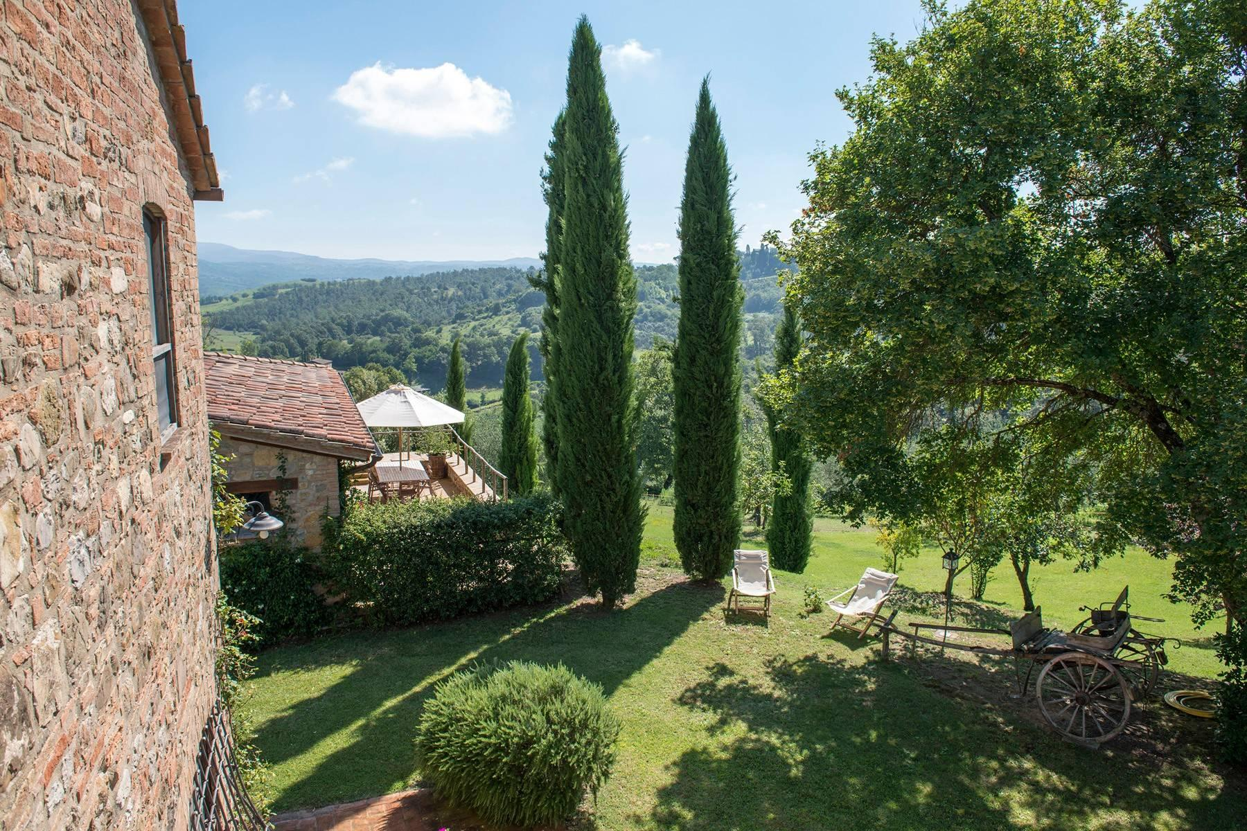 Stunning Farmhouse with pool on the border between Tuscany and Umbria - 6