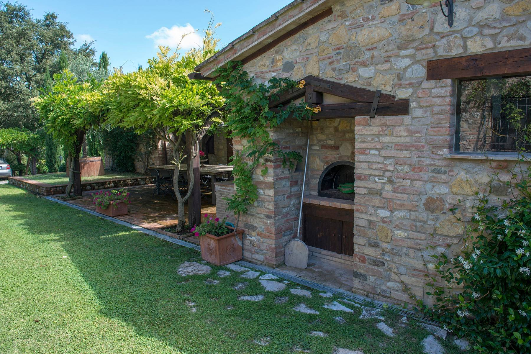 Stunning Farmhouse with pool on the border between Tuscany and Umbria - 7