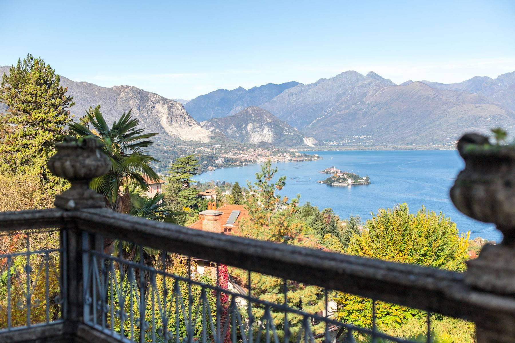 Enchanting Art Nouveau Villa with breathtaking view on Lake Maggiore and its Borromean Islands - 19