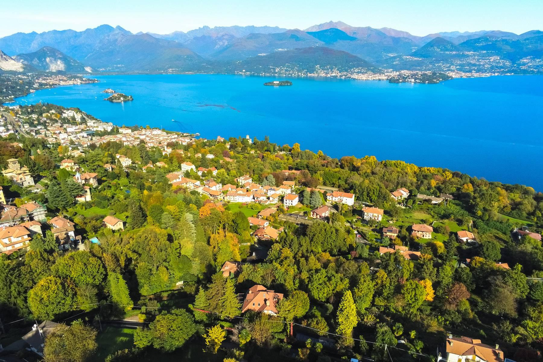Enchanting Art Nouveau Villa with breathtaking view on Lake Maggiore and its Borromean Islands - 24