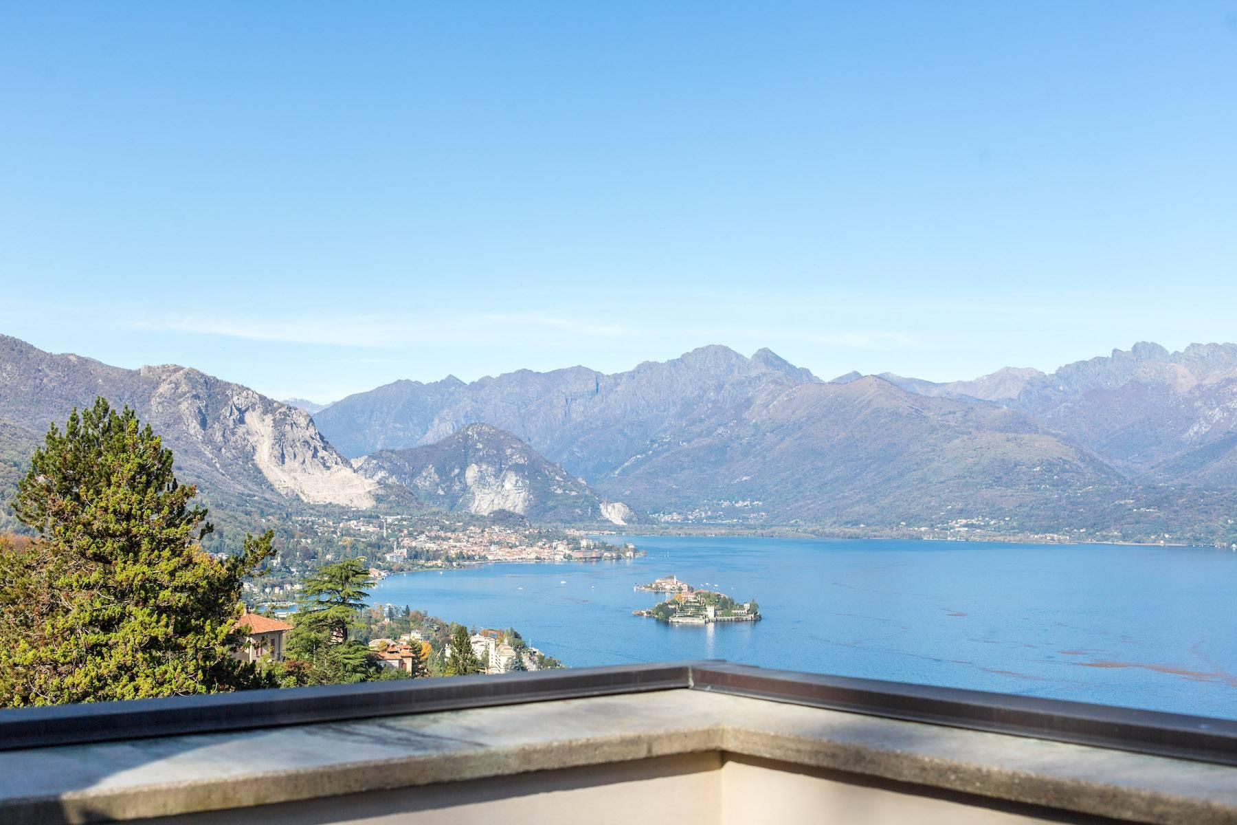 Enchanting Art Nouveau Villa with breathtaking view on Lake Maggiore and its Borromean Islands - 23