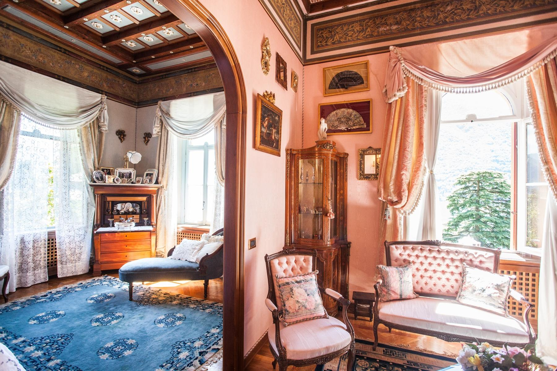 Charming historic villa with private park - 16