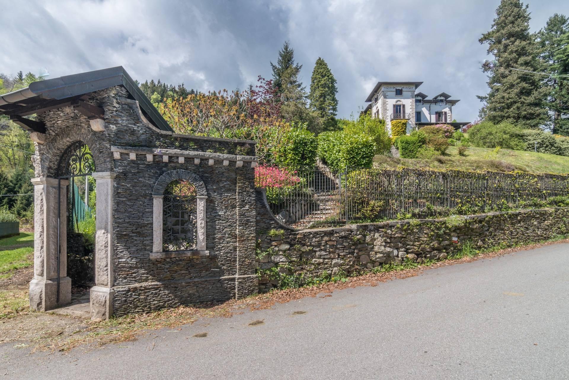 Affascinante villa storica sulle colline di Stresa - 3