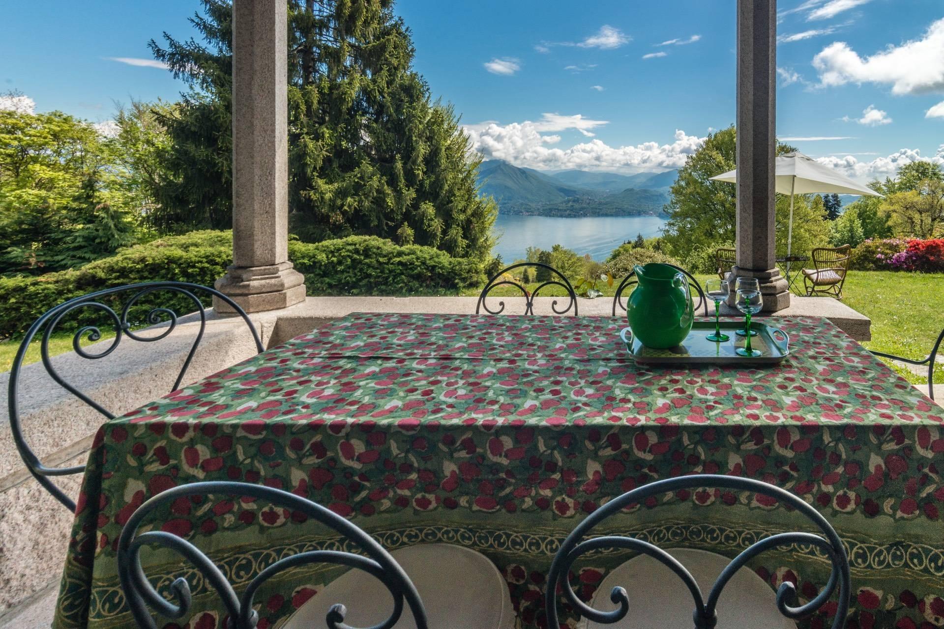 Affascinante villa storica sulle colline di Stresa - 7