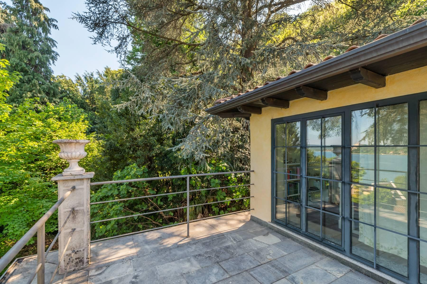 Ancient greenhouse, completely renovated with a fantastic overlooking to the lake. - 18