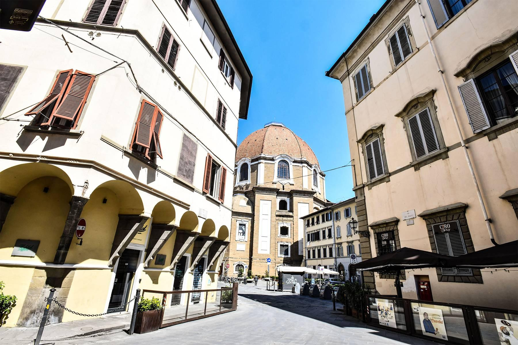 Beautiful new design apartment in the heart of Florence - 21