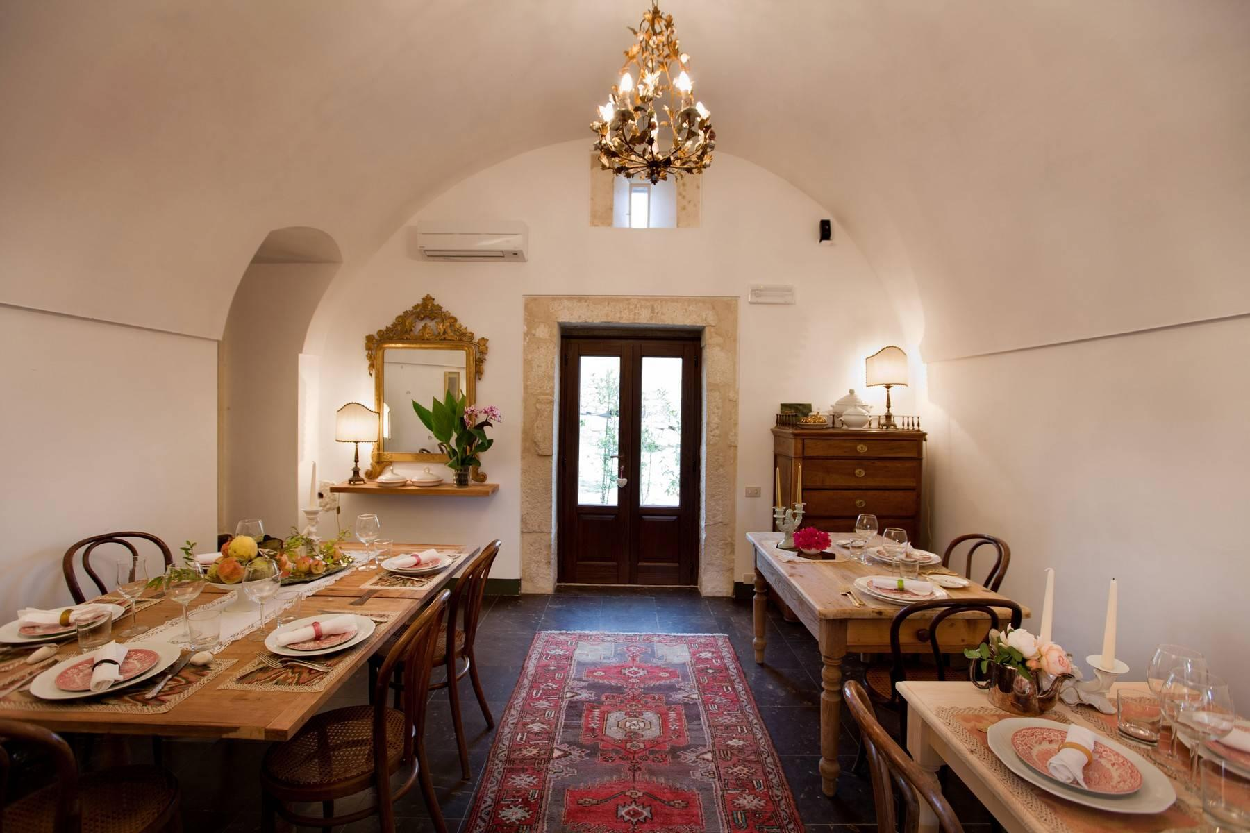Charming historical estate in the countryside of Ragusa - 7