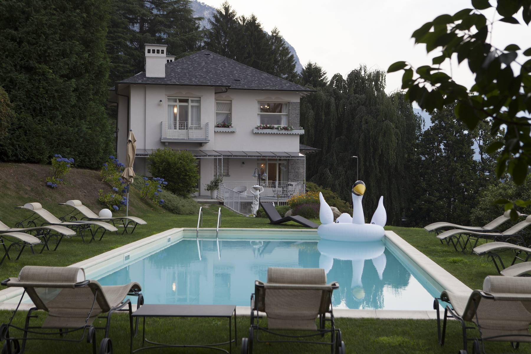 Enchanting Villa with breathtaking view on Lake Maggiore - 2