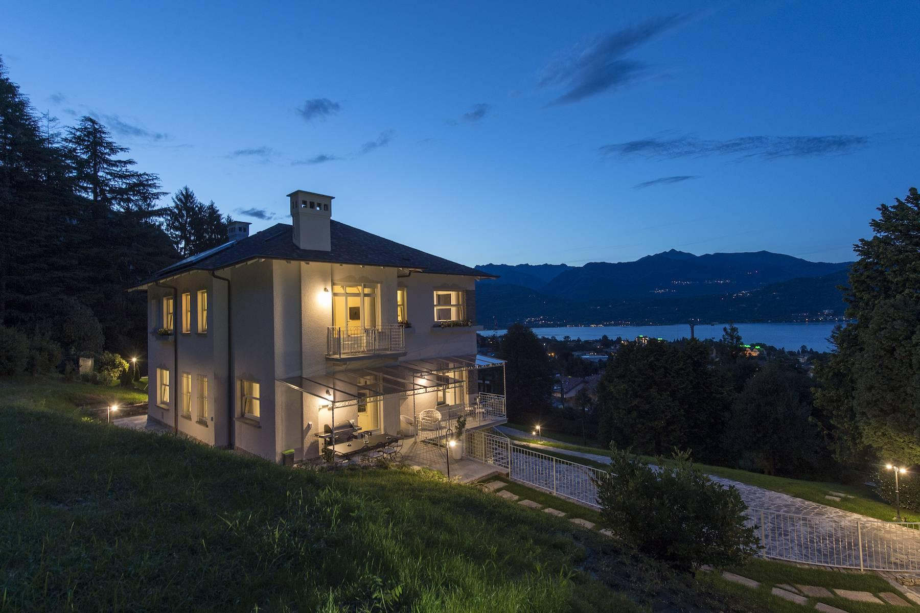 Enchanting Villa with breathtaking view on Lake Maggiore - 27