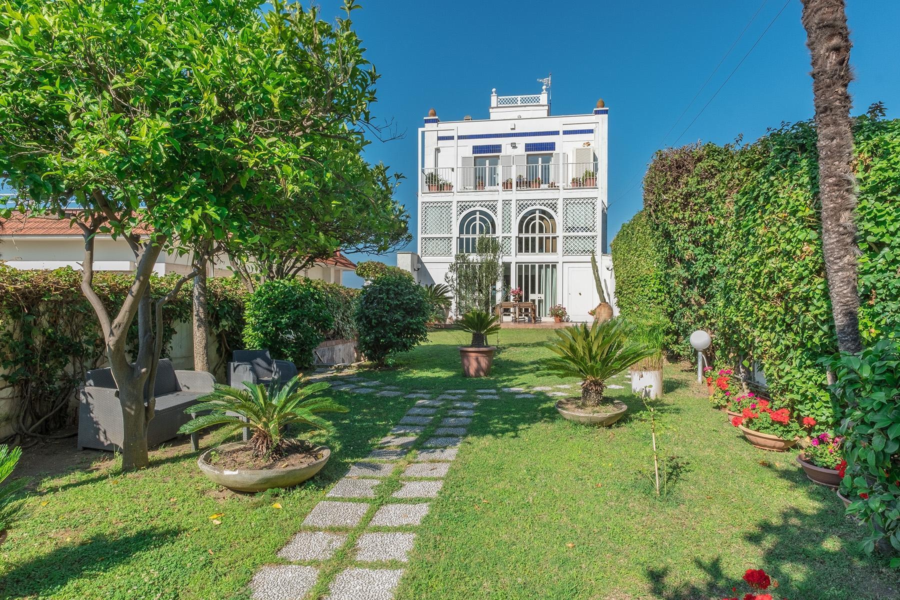 Wunderschönes Anwesen zwischen Himmel und Meer mit Blick auf Neapel - 3