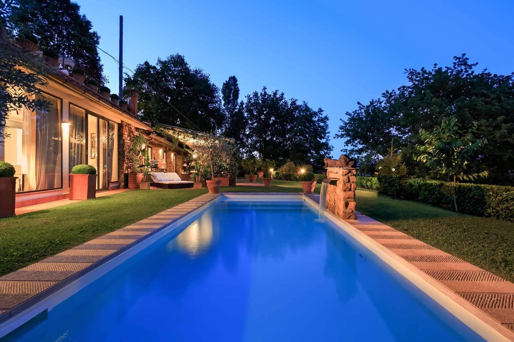 Charming villa with pool next to Florence - 2