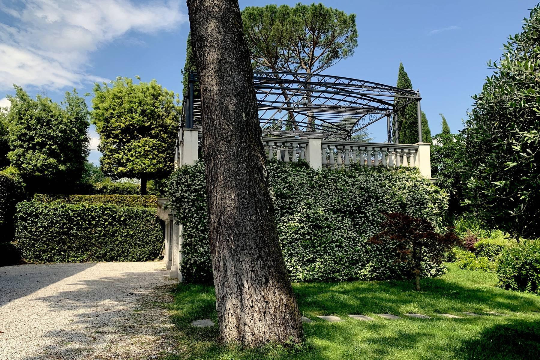 Splendid villa with pool on the Pian dei Giullari hill in Florence - 11