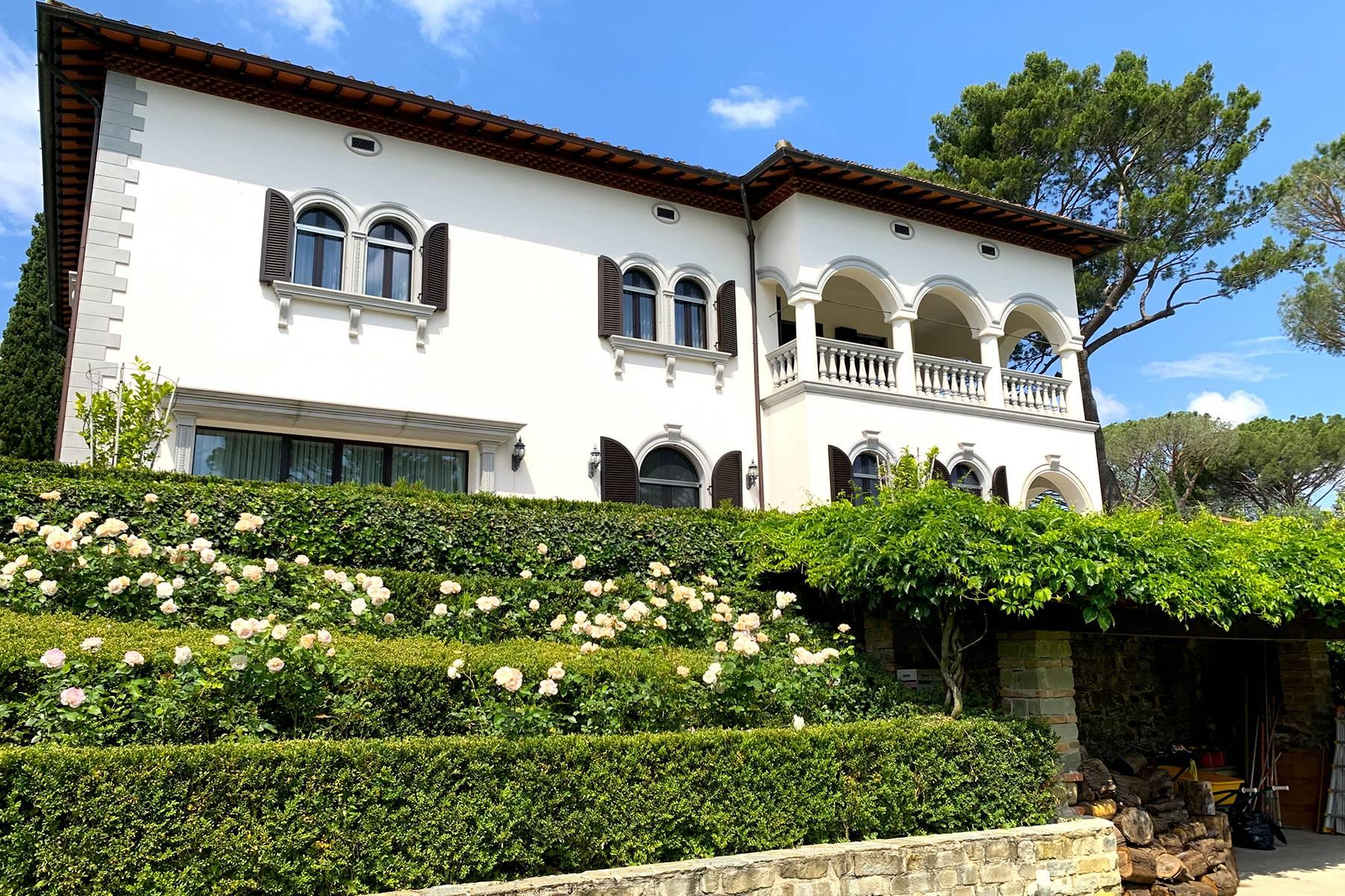 Splendid villa with pool on the Pian dei Giullari hill in Florence - 6