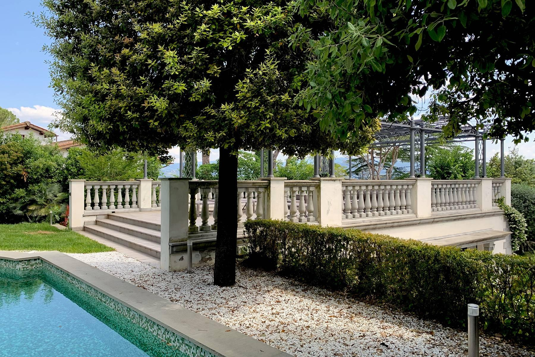 Splendid villa with pool on the Pian dei Giullari hill in Florence - 8