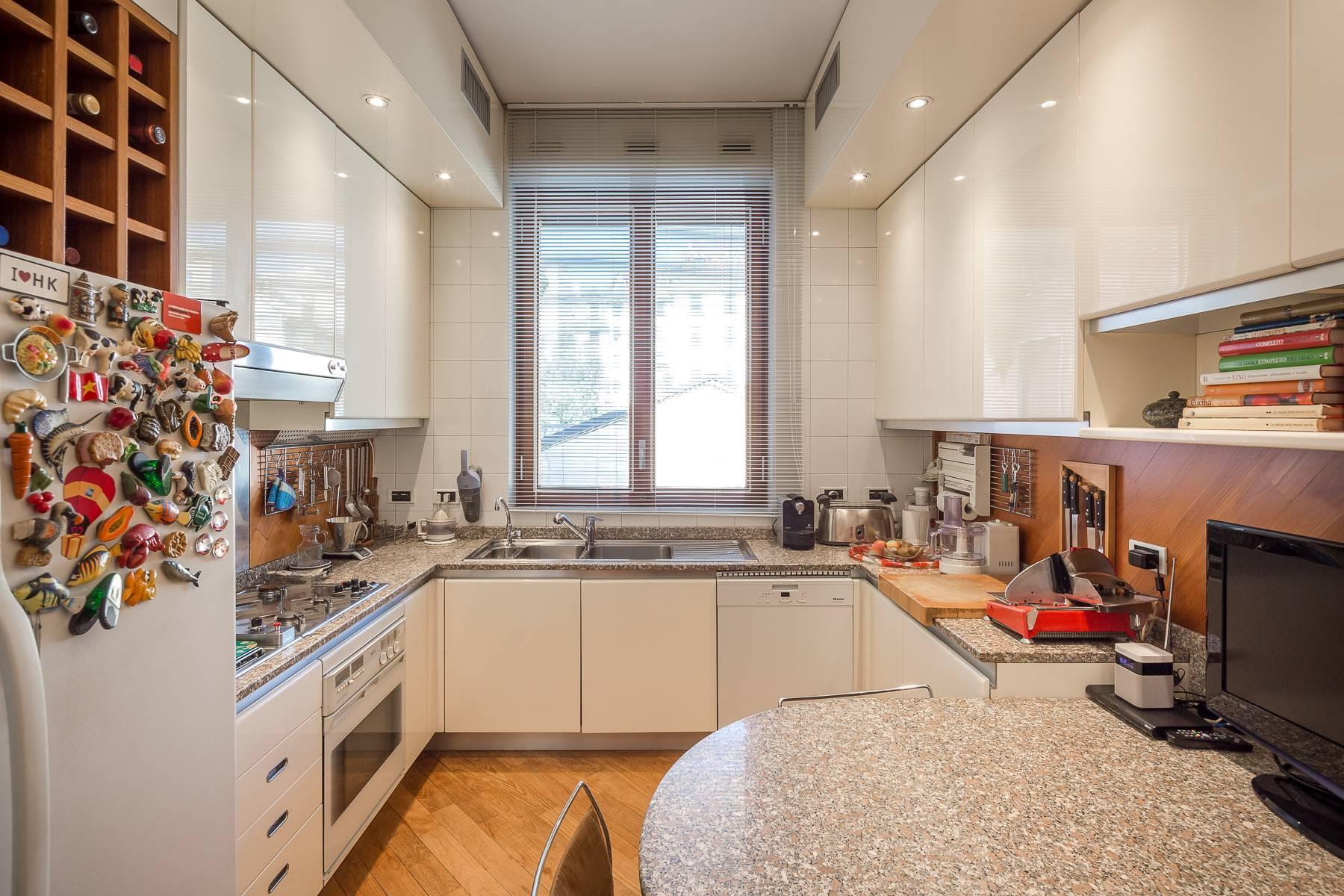 Elegante appartamento arredato in zona Palestro - 17