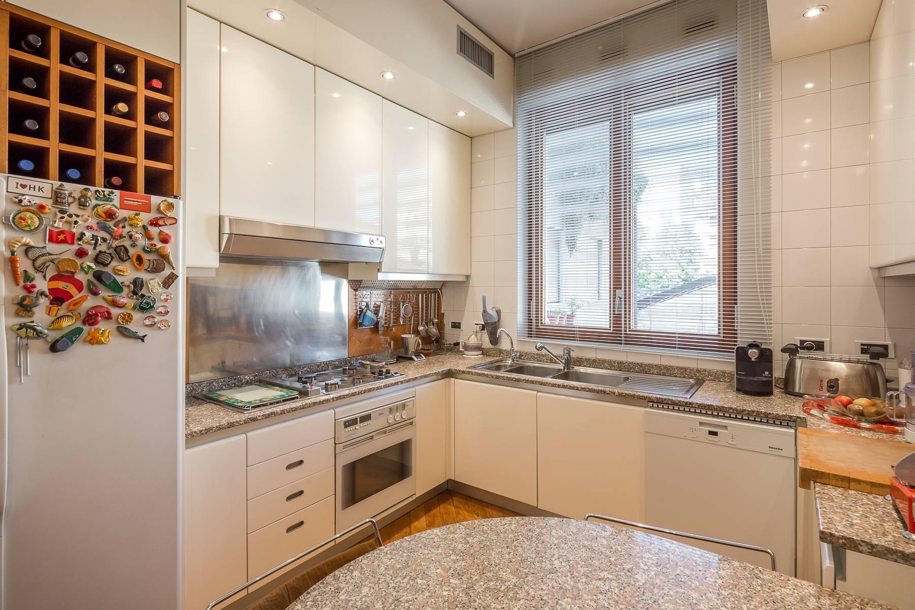Elegante appartamento arredato in zona Palestro - 9