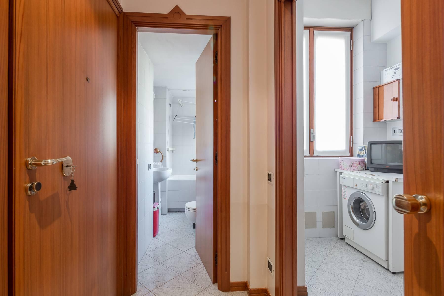 Elegante appartamento arredato in zona Palestro - 19