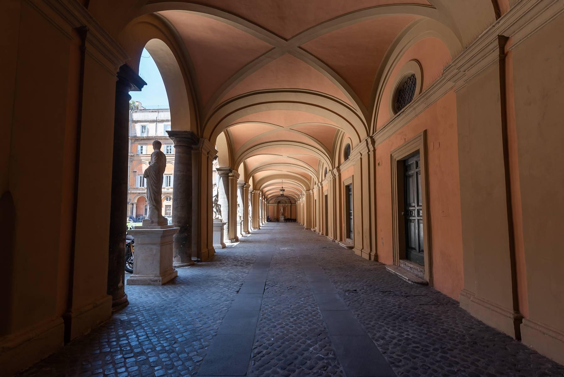 Magnifico appartamento pieno di luce all'interno di Palazzo Odescalchi - 12